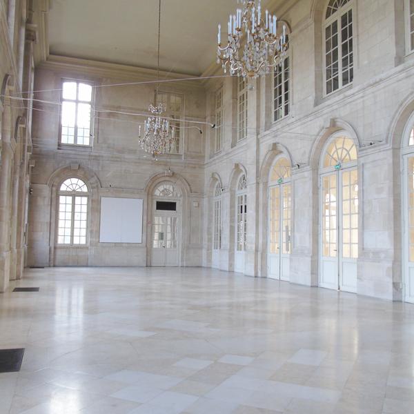 Salle d honneur ville de commercy for Piscine commercy